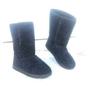 Shoes - Winter boots faux suede fuzzy inside thick sole